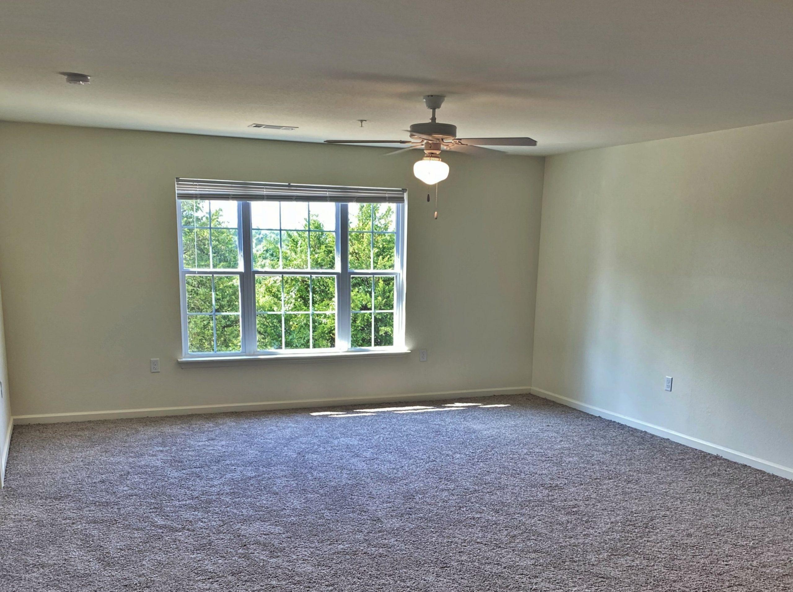 Rutherford Park Apartments Murfreesboro TN living room