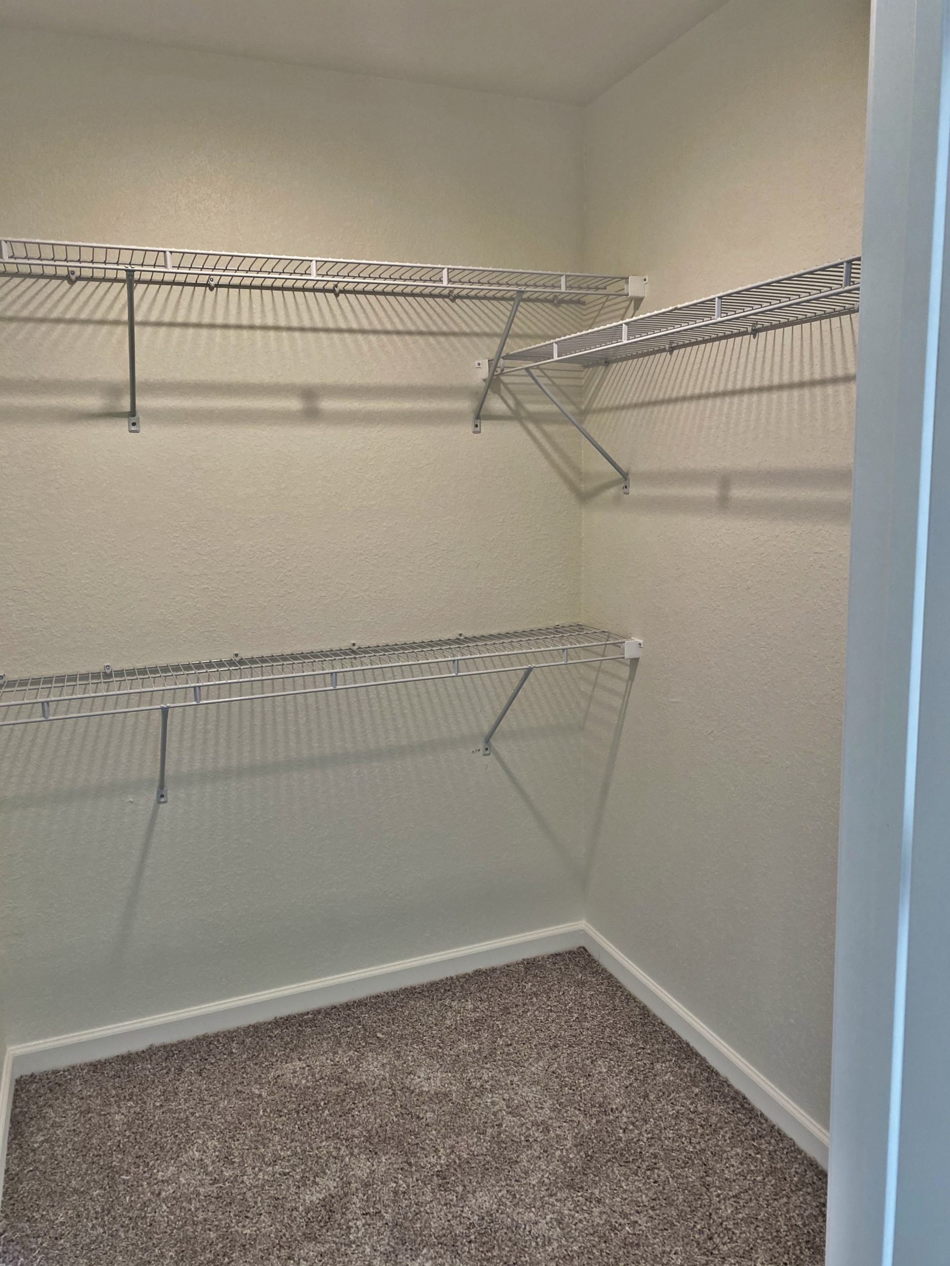 Rutherford Park Apartments Murfreesboro TN walk in closet