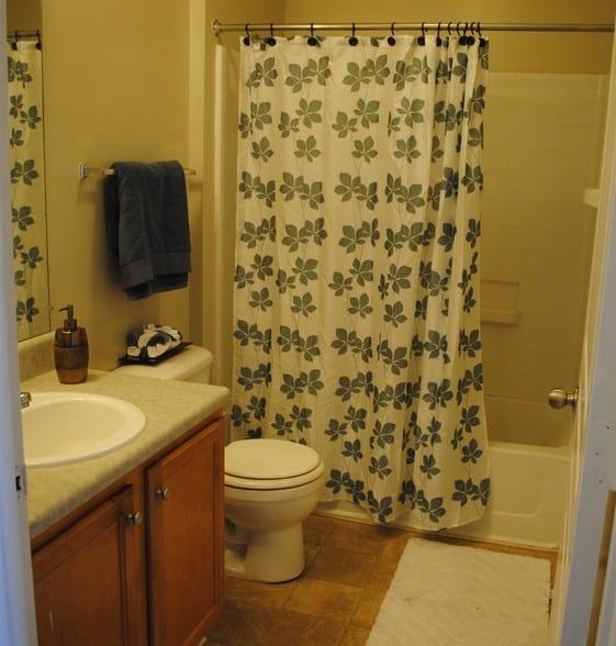 liberty-square-montgomery-al-building-photo bathroom shower
