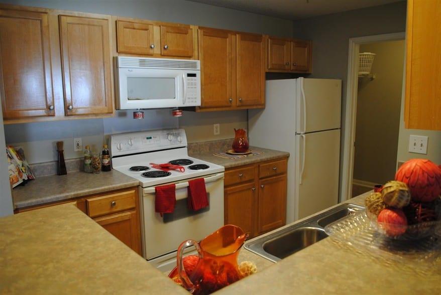 liberty-square-montgomery-al-building-photo kitchen 2