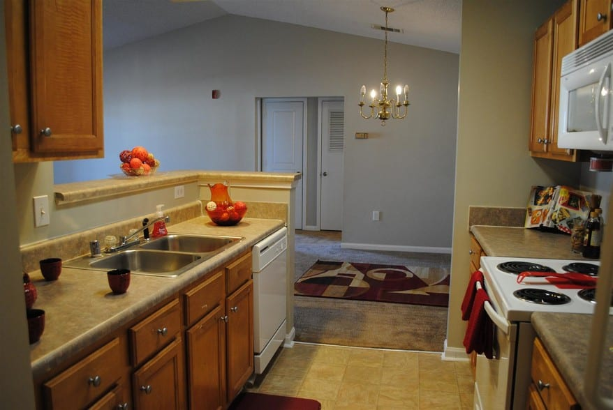liberty-square-montgomery-al-building-photo kitchen