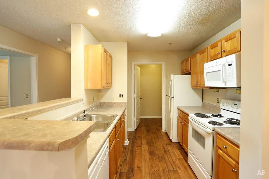 liberty-square-montgomery-al-interior-photo kitchen undecorated