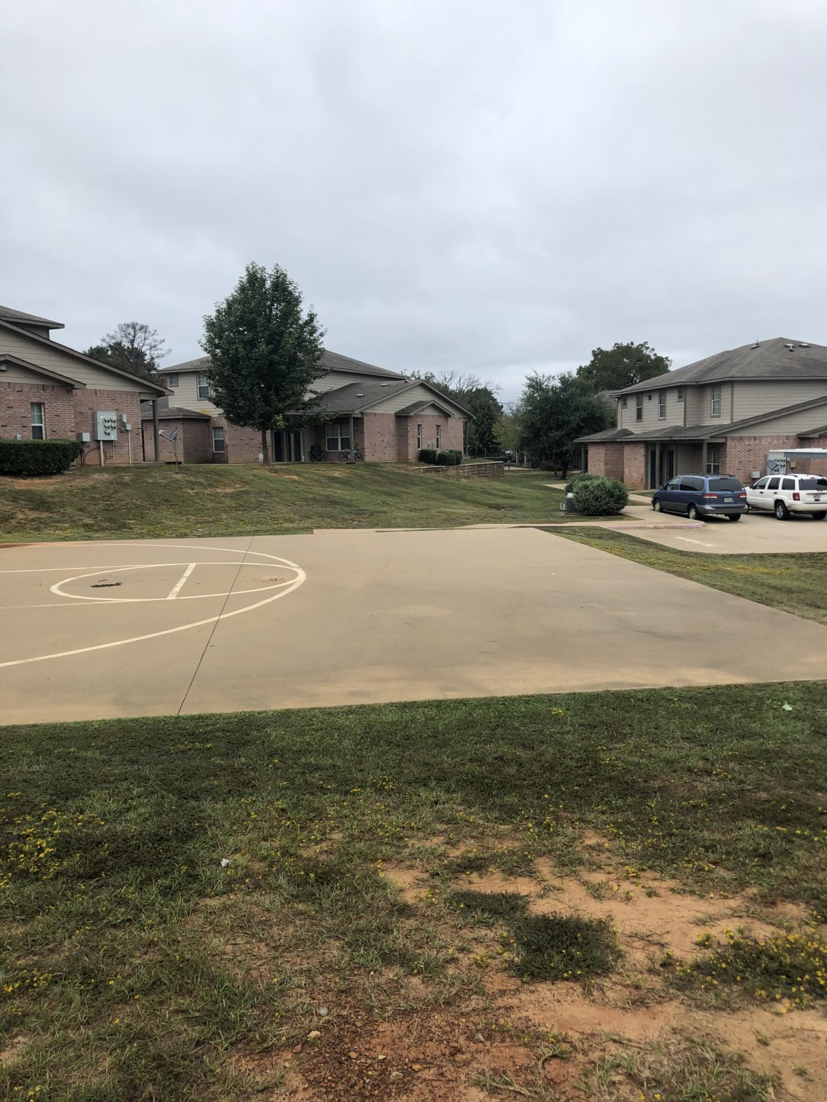 Millpoint Townhomes Henderson TX basketball court