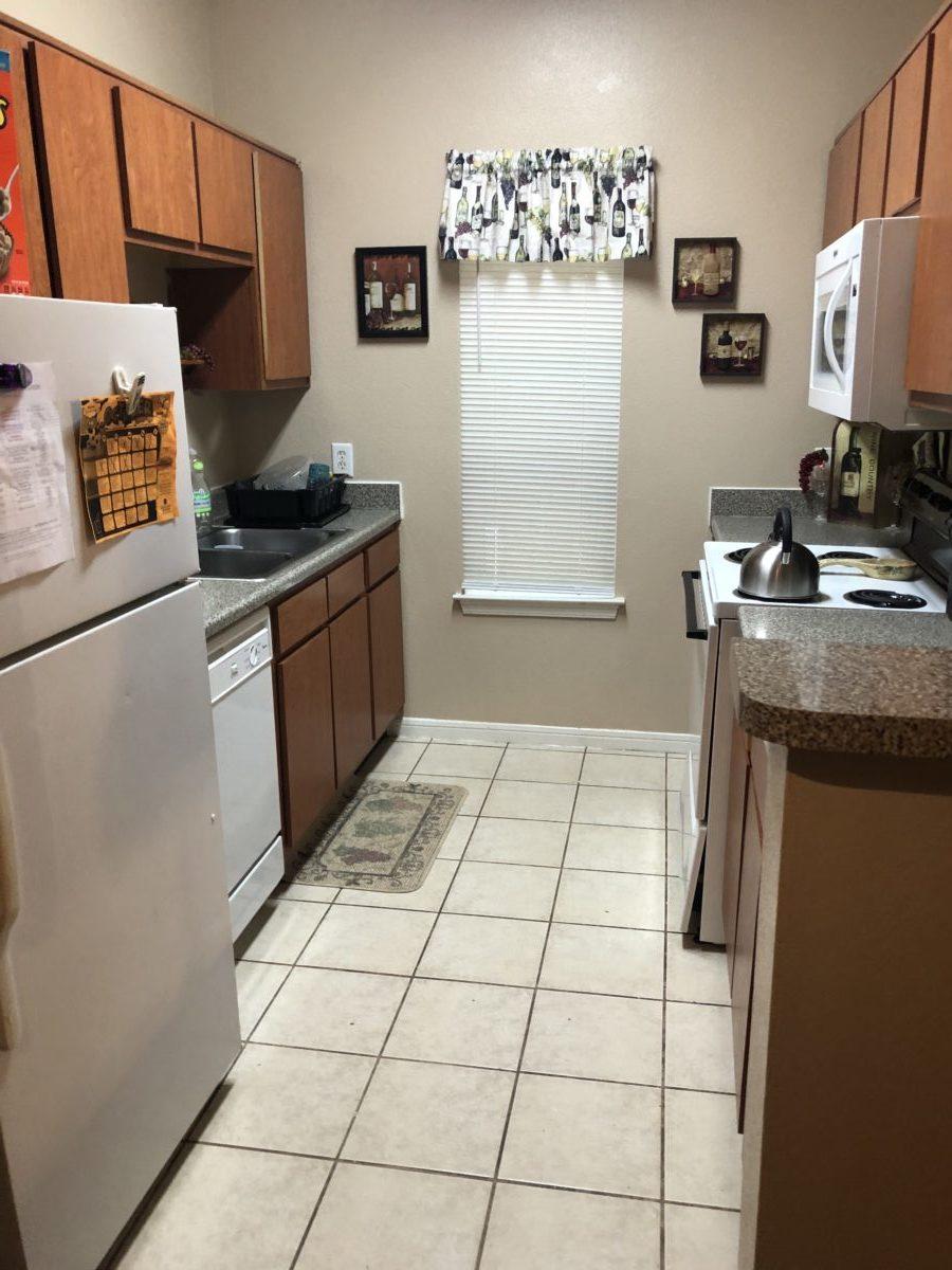 Millpoint Townhomes Henderson TX kitchen