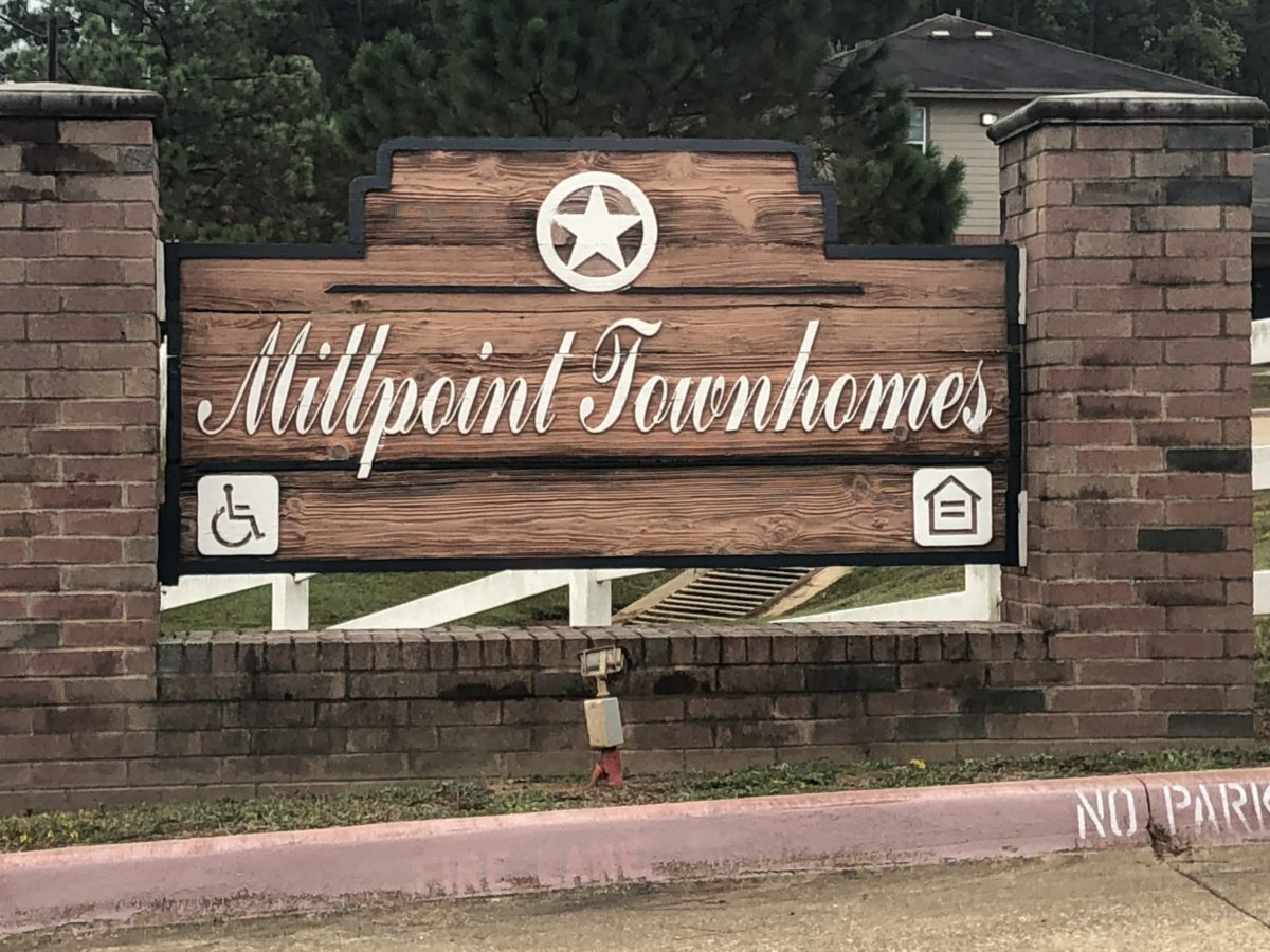 Millpoint Townhomes Henderson TX sign