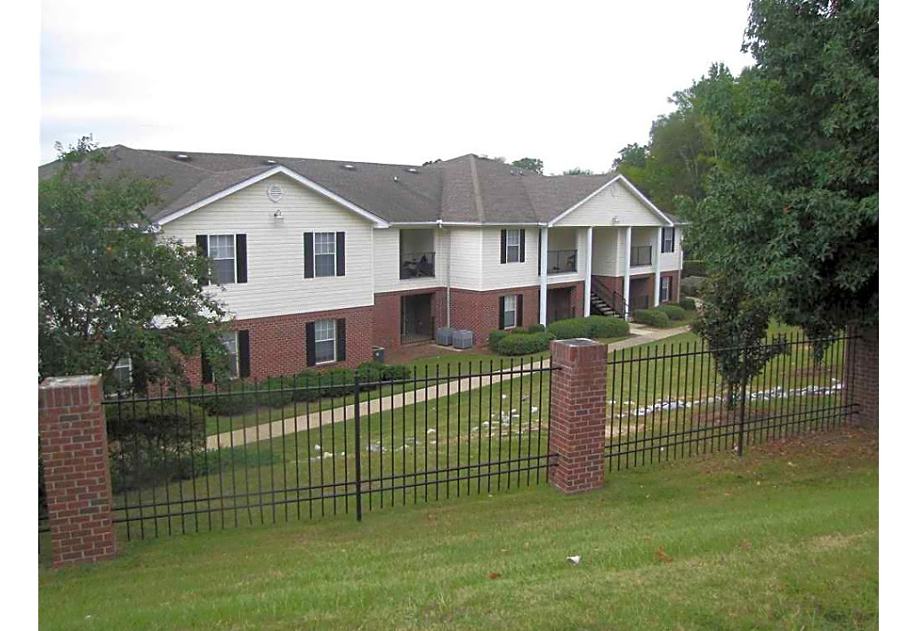 Springfield Crossing Apartments Columbus GA exterior building 3
